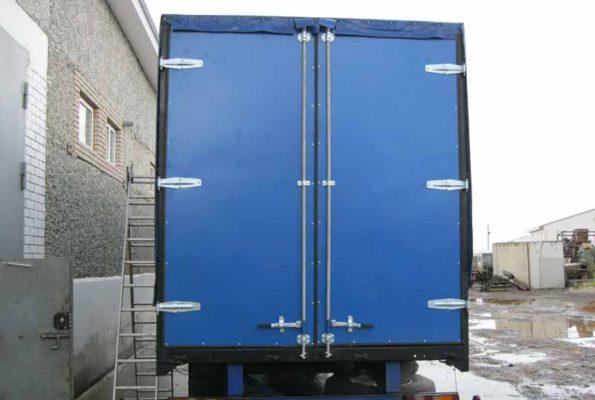 Ворота для грузовых автомобилей